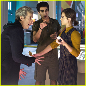 The Doctor & Clara Find Themselves In A True Ghost Story On 'Doctor Who' Tonight