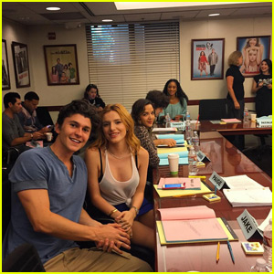 Bella Thorne & 'Famous in Love' Cast Kick Off With First Table Read!