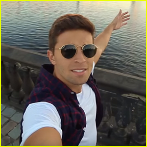 Jake Miller Drops New Acoustic Video For 'Yellow Lights' - Watch Here!