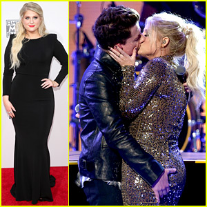 Meghan Trainor Kisses Charlie Puth After AMAs 2015 Performance - WATCH NOW!