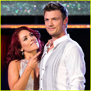 Nick Carter Performs His Fusion Dance on 'DWTS' Finale (Video)