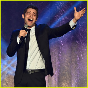Jeremy Jordan Sings Chill-Inducing Medley of Your Favorite Disney Songs - Listen Now!