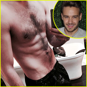 Liam Payne Shares a Ripped Shirtless Selfie!