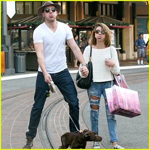 Sarah Hyland & Dominic Sherwood Bring New Puppy Boo Holiday Shopping