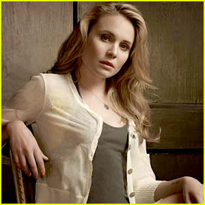 leah pipes - photo #26