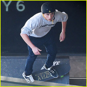 Brooklyn Beckham Hits the Skate Park in London