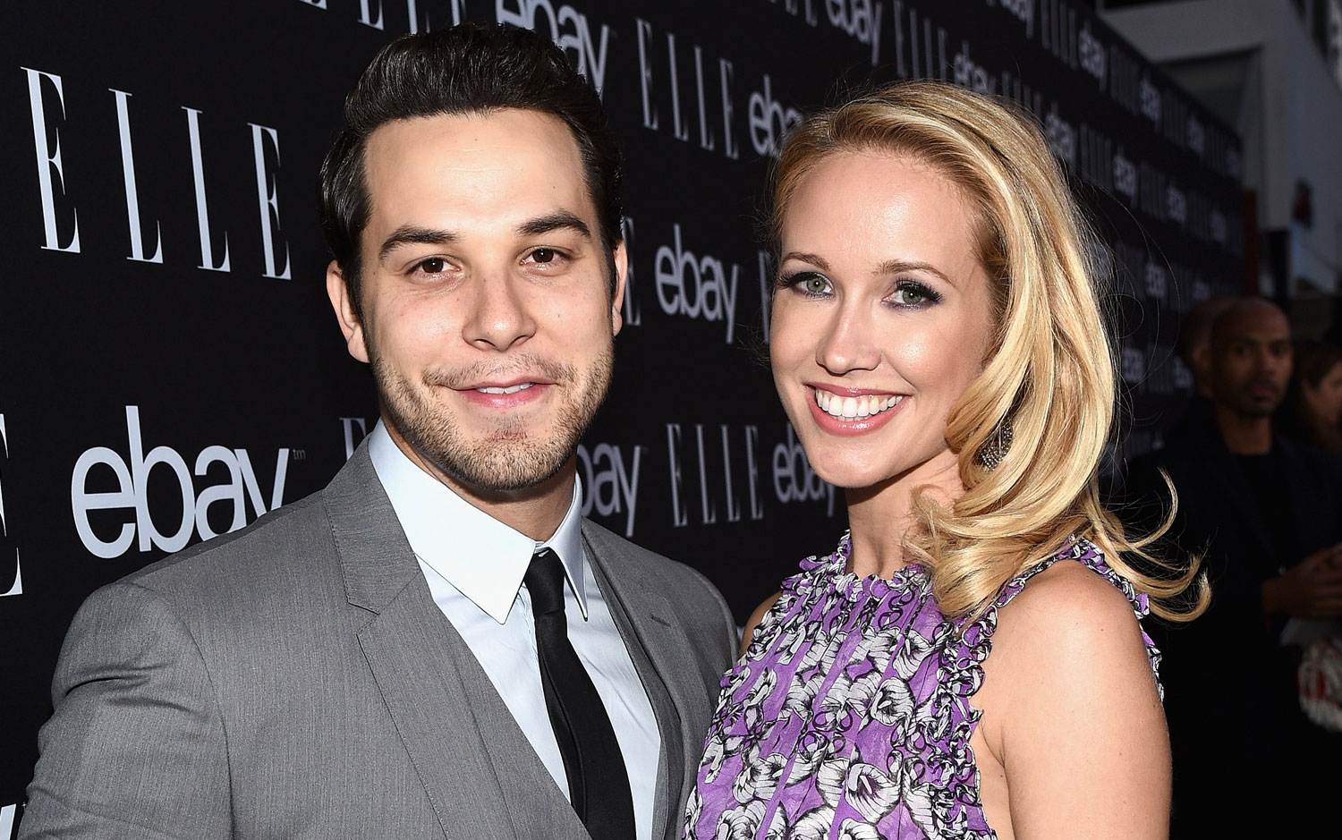 anna camp and skylar astin age difference in relationship