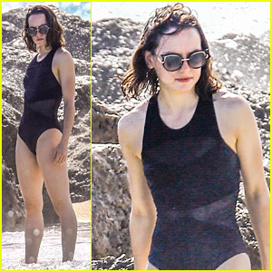 Daisy Ridley Relaxes in a Swimsuit in Miami!