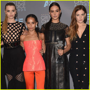 Courtney Eaton Attends Critics' Choice Awards 2016 With 'Mad Max' Co-Stars