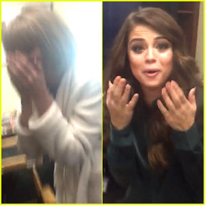 Taylor Swift Wins Best Music Video at Grammys 2016, Freaks Out with Selena Gomez! (Video)