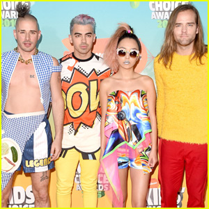 DNCE Get Colorful on the Kids Choice Awards 2016 Orange Carpet