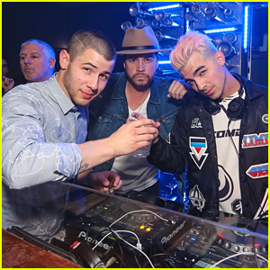 Joe Jonas Remixed Nick Jonas' Song 'Jealous' at Hyde Bellagio