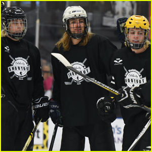 R5 Plays Hockey With the Henrie Brothers for Charity!