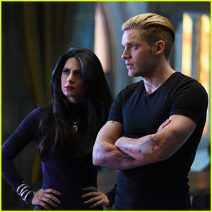 The 'Shadowhunters' Go After Valentine Tonight