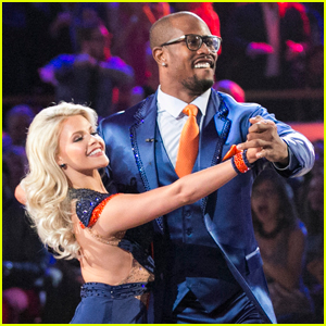 DWTS' Witney Carson Says Partner Von Miller 'Works Really Hard'