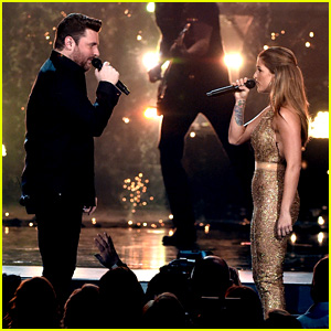 Cassadee Pope Sings 'Think of You' with Chris Young at ACMs 2016 - Watch Now!