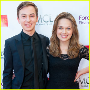 Hayden Byerly & Alyssa Jirrels Couple Up for Voice Awards 2016