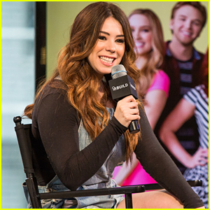 Jillian Rose Reed Has an 'Awkward' Talk With AOL Build