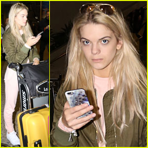 Louisa Johnson Arrives in Los Angeles!