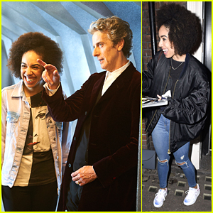 Pearl Mackie Meets Fans After 'Doctor Who' Casting Announcement