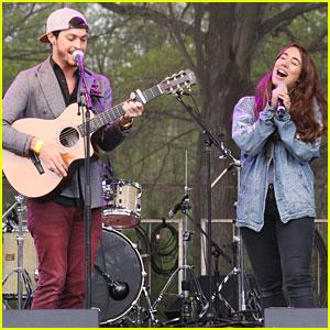 Alex & Sierra Perform During Grammy Park 2016 In Brooklyn