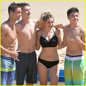 Austin North, Bradley Steven Perry & Jake Short Go Shirtless in Hawaii