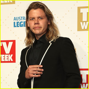 Conrad Sewell Returns Home to Australia to Attend Logie Awards 2016
