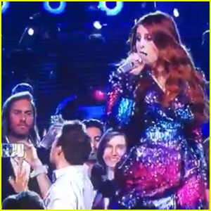 Meghan Trainor Had a Fierce Fan Taking a Selfie Video at the BBMAs!