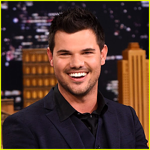 Taylor Lautner Joins Instagram, Mentions Ex Taylor Swift in First Post!