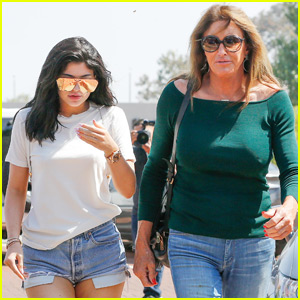Kylie & Caitlyn Jenner Grab Lunch in Malibu