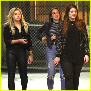 Chloe Moretz Hangs With Meghan Trainor After Her 'Jimmy Kimmel Live' Performance
