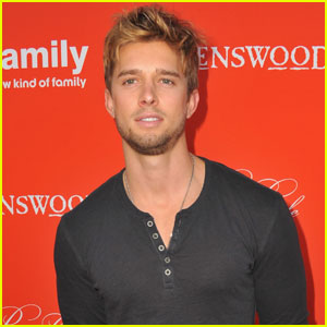 Drew Van Acker is Returning to 'Pretty Little Liars'!