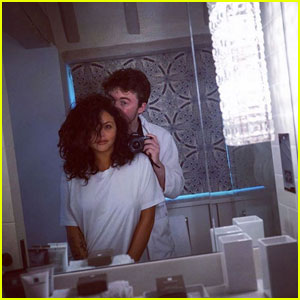 Jesy Nelson & Jake Roche Share Cute Cuddling Photos!