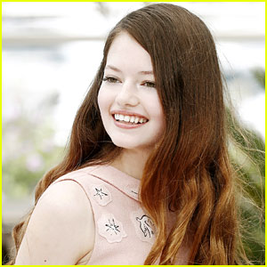 Pictures of Mackenzie Foy - Pictures Of Celebrities