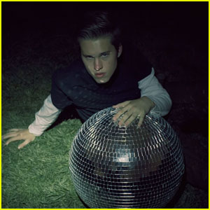 Ryan Beatty Releases 'Passion' Music Video - Watch It!