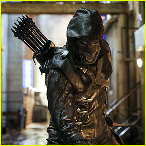 New 'Arrow' Villain Prometheus Appears in Season 5 Premiere Episode Stills!