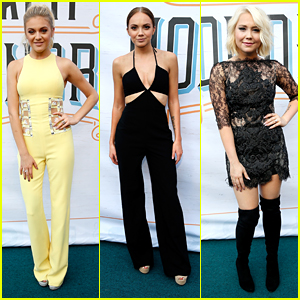 Kelsea Ballerini Hits ACM Honors 2016 with Danielle Bradbery & RaeLynn