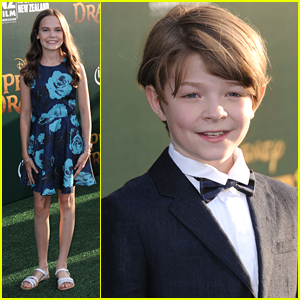 Oakes Fegley & Oona Laurence Hit The Green Carpet For 'Pete's Dragon' Premiere