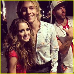 Ross Lynch & Laura Marano Reunite at Teen Choice Awards 2016!