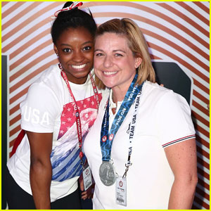 Simone Biles Splits From Longtime Trainer Aimee Boorman