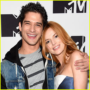 Bella Thorne & Tyler Posey Kiss & Hold Hands!