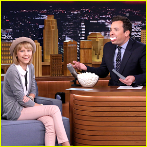Grace VanderWaal Sings With Marshmallows In Her Mouth on 'The Tonight Show'