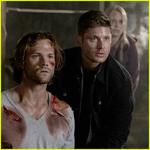 Dean & Sam's Mom Insists On Helping Out in Sam's Rescue on 'Supernatural' Tonight