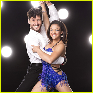 Laurie Hernandez & Val Chmerkovskiy Quickstep On DWTS Season 23 Week 7