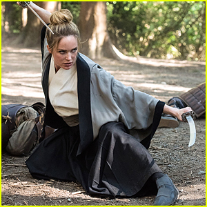 Sara Is Showing Off Her Sword Fighting Skills on 'Legends of Tomorrow'