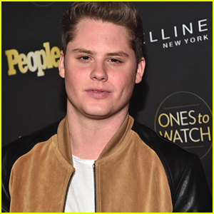 'Real O'Neal's' Actor Matt Shively Was Sarah Hyland's Roommate!