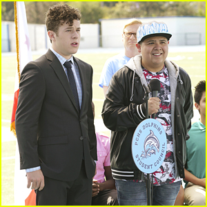 Luke & Manny Are Up Against Each Other For Student Council Positions on 'Modern Family' Tonight