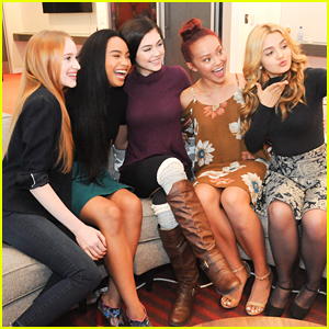 Project Mc� Cast Screens Season Three with Girl Scouts!