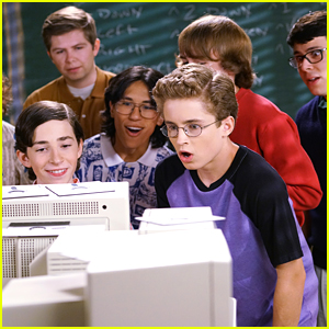 Adam Joins A Lunchtime Computer Club on 'The Goldbergs'