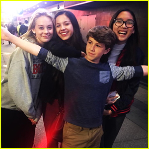 'Bizaardvark' Cast Reunites To Film Disney Channel Wand IDs!